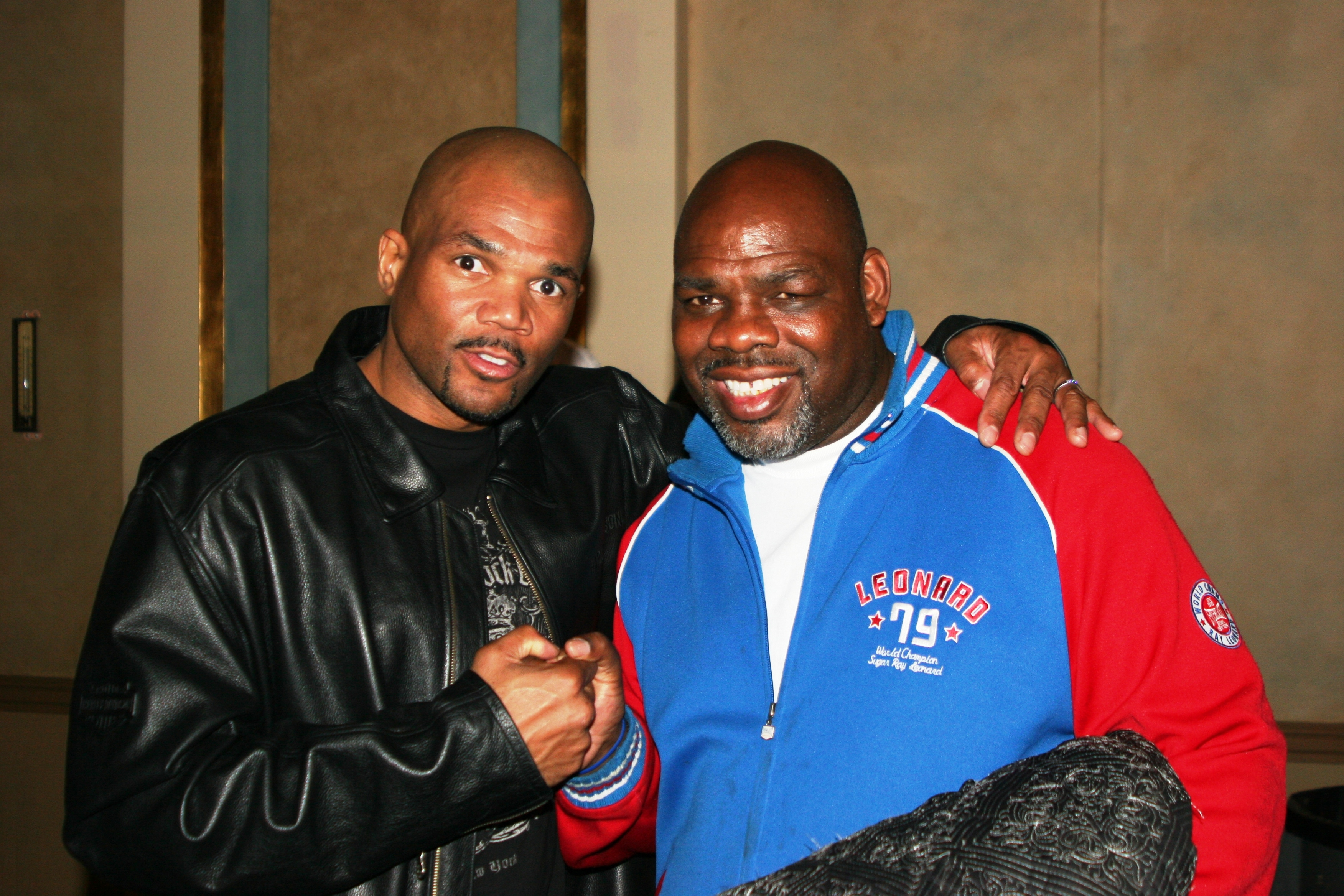 Run d mc (l) and Iran Barkley